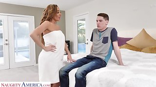 Get moving gorgeous mommy Richelle Ryan fucks son's best friend