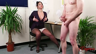 Fat penman nigh action lips flashes her boobs to her boss