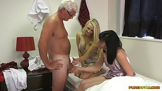Amateur dude gets his dick pleasured by Eden James increased by Taylor Shay