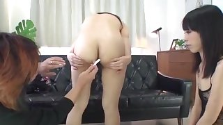 Japan milf shaved and stimulated in closeup scenes