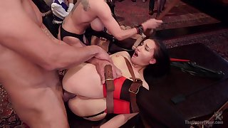 Canny BDSM porn for the obedient females
