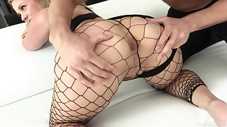 Super bootylicious nympho in the air fishnet burn the midnight oil Lisey Sweet loves hard anal