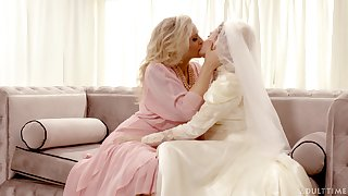 Hot babe Julia Ann turns a bridal into a really kinky pussy licking workout
