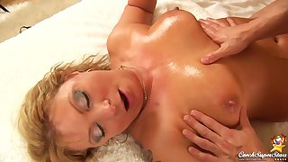 Rosalyn  Czech Cougar - mom