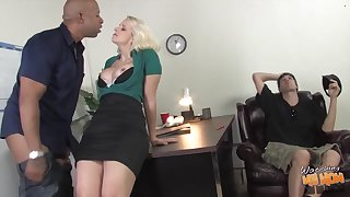 Buxom Blondie Mommy Shane Diesel Gets Big Black Dick